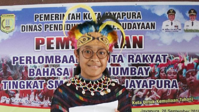 Marta B. Mano, siswa kelas VII C SMP Kristen Kalam Kudus Kota Jayapura