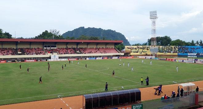 Laga Persipura vs Persebaya Surabaya yang berlangsung di Stadion Mandala Jayapura, Selasa sore (30/10/2018)