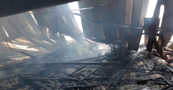 Kondisi gedung Sasana Krita Kantor Gubernur Papua yang seusai dilanda kebakaran