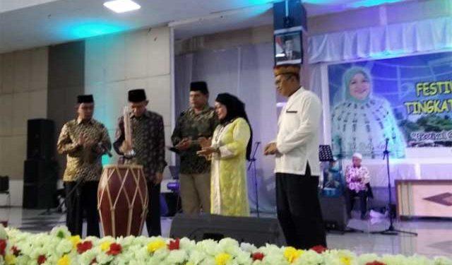 Gubernur Maluku Said Assagaff saat membuka Festival Seni Qasidah Bintang Vokalis (SQBV) tingkat provinsi Maluku tahun 2018