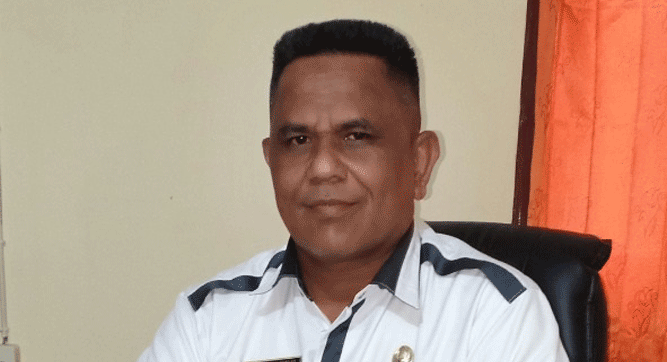 Kepala Dinas PMPTSP Kabupaten Maluku Tenggara Muhamad Tukloy, SH, M.Si