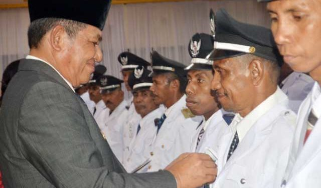 Bupati Maluku Tenggara melantik 32 Kepala Ohoi