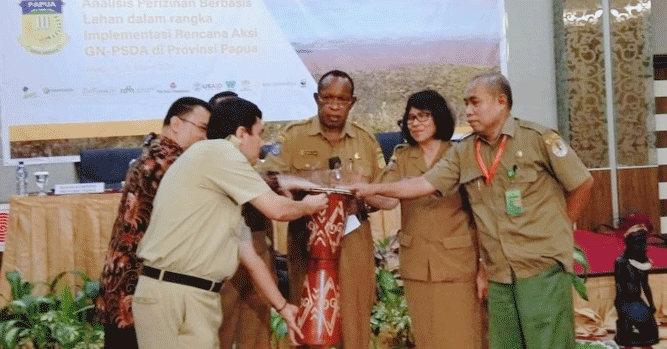 Acara launching PPO-SST-Simtaru Provinsi Papua dalam rangka implementasi rencana aksi GN-PSDA Provinsi Papua, di Hotel Horison, Kota Jayapura, Selasa (26/3/2019)