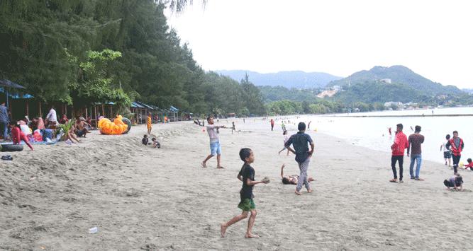 Kawasan Wisata Pantai Hamadi, Kota Jayapura