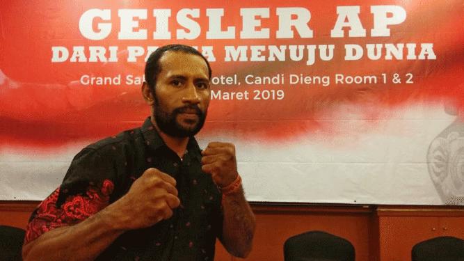 Juara Tinju WBC Asia Pasifik asal Papua, Geisler Ap