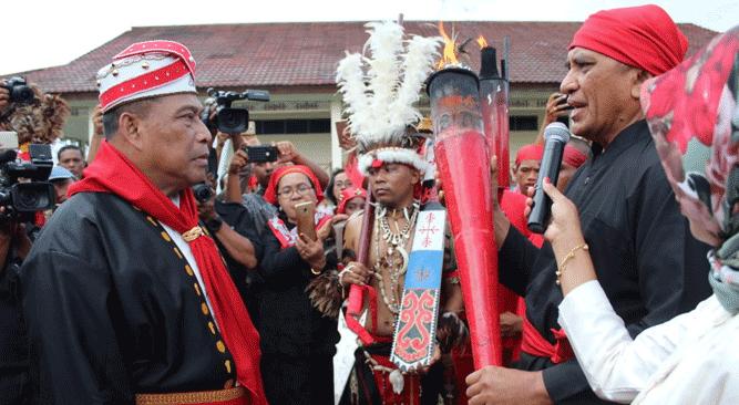 Gubernur Maluku Murad Ismail saat momen HPN Pattimura 202 Tahun 2019
