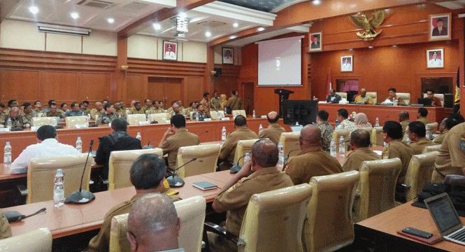 Rakor dan evaluasi program pemberantasan korupsi terintegrasi bersama KPK di Gedung Sasana Karya Kantor Guberrnur Papua, Selasa (21/5/2019)