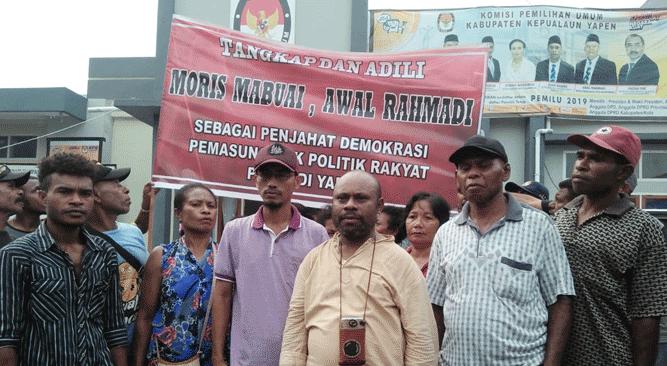 """Koalisi Parpol Tuntut Ketua KPUD Kepulauan Yapen Moris Muabuay diberhentikan karena """"Masuk Angin"""""""