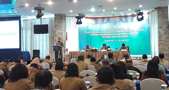 Pemprov Papua gelar Coaching Clinic dalam rangka penguatan sistem akuntabilitas kinerja instansi pemerintah dan reformasi birokrasi, bertempat di Hotel Aston Jayapura, Selasa (25/6/2019)