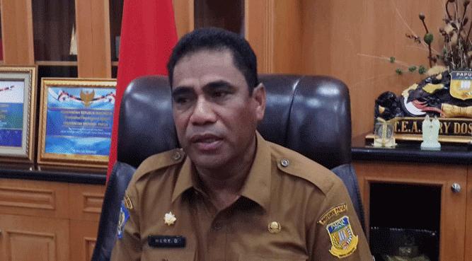 Sekretaris Daerah Provinsi Papua, TEA. Hery Dosinaen