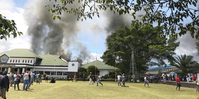 Salah satu aksi rusuh yang terjadi di Papua 2019 lalu / Foto : Koreri.com