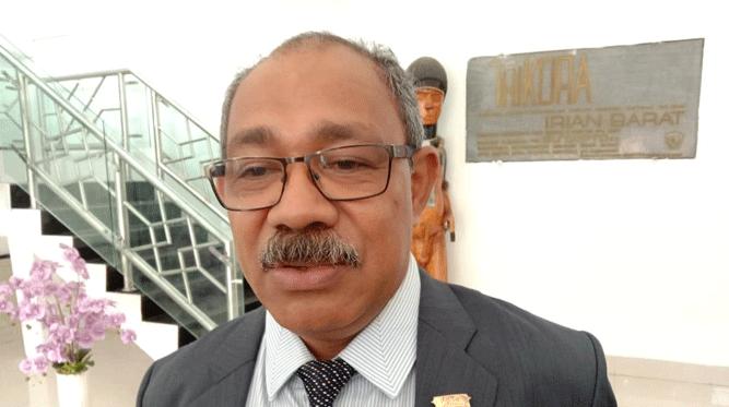 Ketua Komisi III DPR Papua periode 2014 - 2019 Carolus K. Bolly