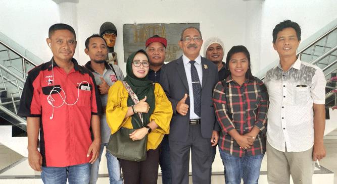 Momen foto bersama sejumlah jurnalis Papua