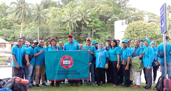 Foto bersama sebelum pemberangkatan peserta launching YAB dari Bandara Pattimura Ambon, Rabu (30/10/2019)
