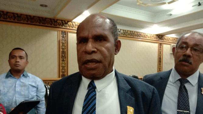 DR. Yunus Wonda, SH, MH Calon Wakil Gubernur usulan Partai Demokrat Papua