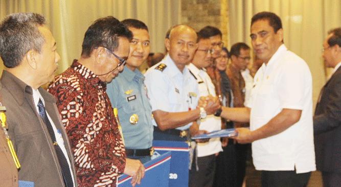 Sekda Papua TEA. Hery Dosinaen, SIP, MKP, M.Si saat penyeragan DIPA - TKDD tahun 2020 di Hotel Aston, Jayapura, Rabu (20/11/2019)