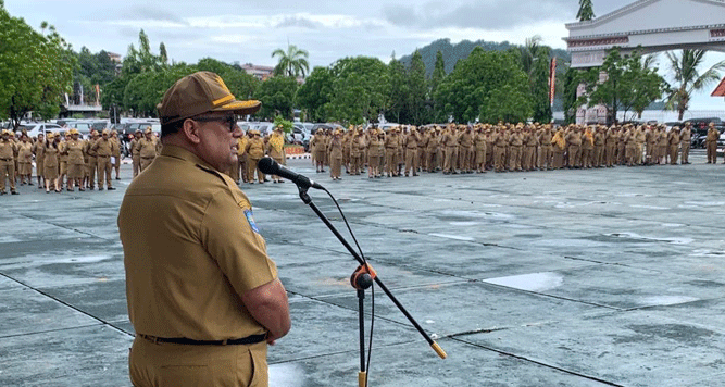 Apel gabungan di halaman kantor Gubernur Papua, Dok  II, Jayapura, Senin (6/1/2020)