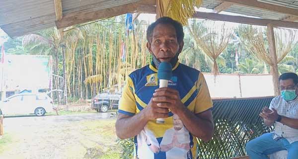 Luter Yom, Tokoh Masyarakat Kampung Marsram