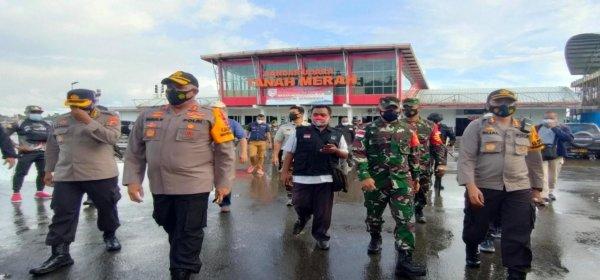 Danrem 174/ATW Merauke, Brigjen TNI. Bangun Nawoko Dampingi Kapolda Papua, Irjen Pol. Paulus Waterpauw Tinjau Langsung Pilkada Susulan Boven Digoel, Senin (28/12/2020)