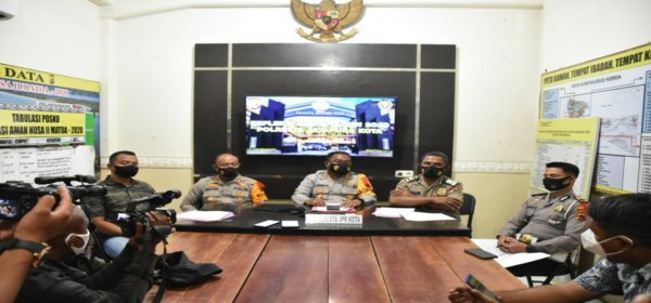 Kapolresta Jayapura Kota, AKBP. GUstav R. Urbinas pimpin refleksi akhir tahun 2020 di Mapolresta Jayapura Kota, Selasa (29/12/2020)