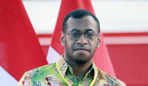 Steve Mara, Tokoh Intelektual Muda Papua