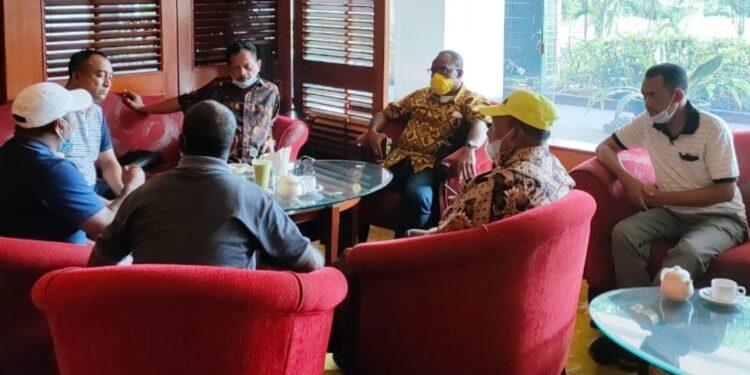 Wasekjen DPP Partai Golkar menggelar pertemuan dengan pengurus DPD II Golkar Teluk Bintuni di Jakarta pekan lalu
