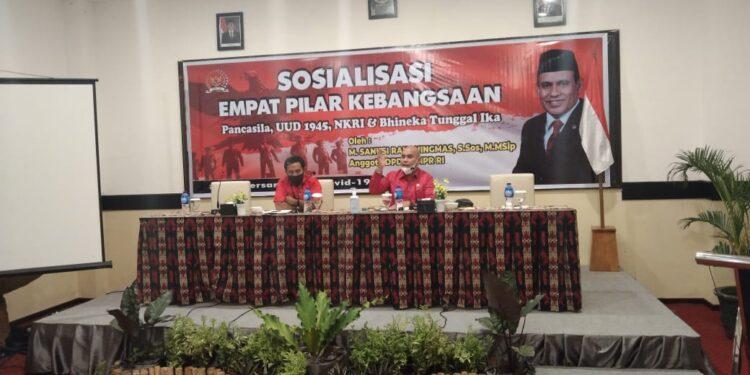 Anggota DPD RI M. Sanusi Rahaningmas menggelar sosialisasi empat pilar kebangsaan di Kota Sorong pekan lalu. (Foto: Ist)