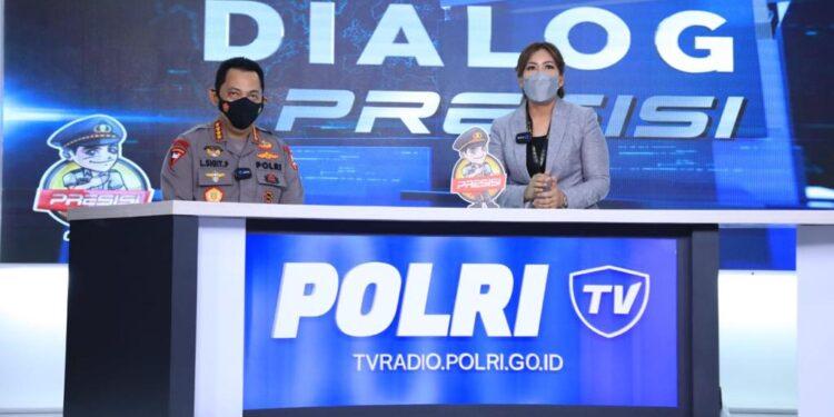 Kapolri Jenderal Listyo Sigit Prabowo dialog Presisi di Studio Polri TV, Senin (12/4/2021). Foto: Divisi Humas Polri