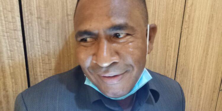 Kepala Biro Pemerintahan Setda Papua Barat Agustinus Rumbino,S.IP. (Foto : Istimewa)