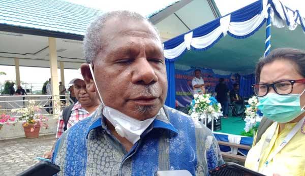 Ketua Sub PB PON XX Kabupaten Jayapura Mathius Awoitouw, SE, M.Si / Foto : IDI