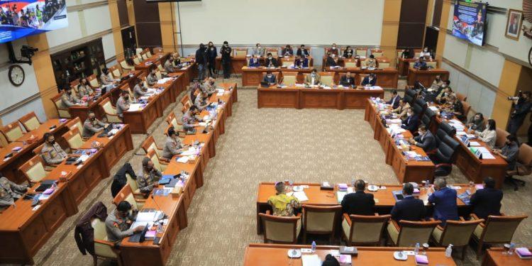 Rapat Kerja (Raker) Komisi III DPR RI dengan Kapolri di Kompleks Parlemen, Senayan, Jakarta, Rabu (16/6/2021) / Foto: Divisi Humas Polri