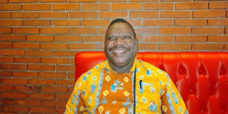 Ketua DPR Papua Barat, Orgeners Wonggor,S.IP.(Foto : KENN)