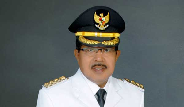Bupati SBB M. Yasin Payapo (Alm)