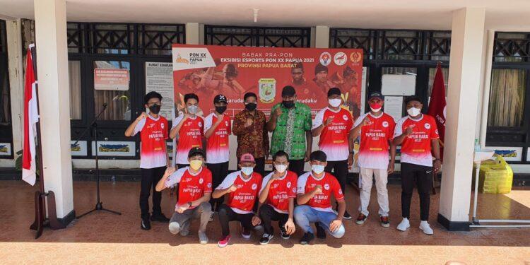 Kontingen Tim Cabor ESPORT Papua Barat siap bertolak ke Jayapura, Papua dari Manokwari, Papua Barat, Jumat (17/9/2021).(Foto : Istimewa)