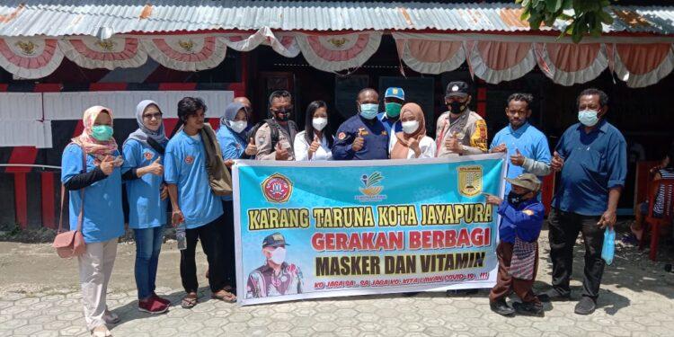 Gerakan berbagi Masker dan Vitamin Karang Taruna Kota Jayapura, Sabtu (18/9/2021) / Foto: Doc Karang Taruna Kota Jayapura