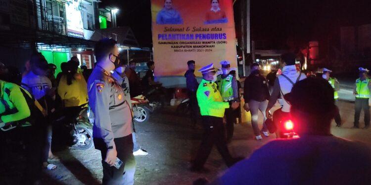 Polres Manokwari menggelar Operasi Patuh Mansinam Tahun 2021di Jl Trikora Wosi, Manokwari,Sabtu (25/9/2021).(Foto :KENN)