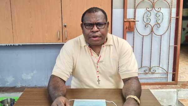 Yohan Zonggonau, Tokoh Masyarakat Meepago Papua.