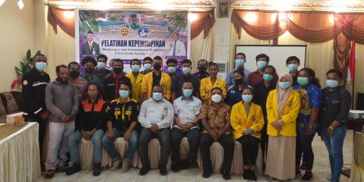 Mahasiswa Universitas Papua Mengikuti Latihan Kepemimpinan